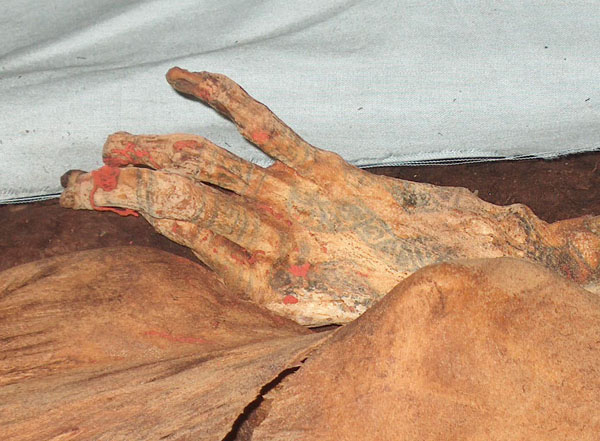 Discover the Magical El Brujo – The Tattooed Mummy of Cao
