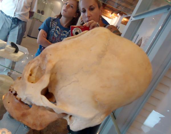 The Elongated Skulls of Paracas [VIDEO]